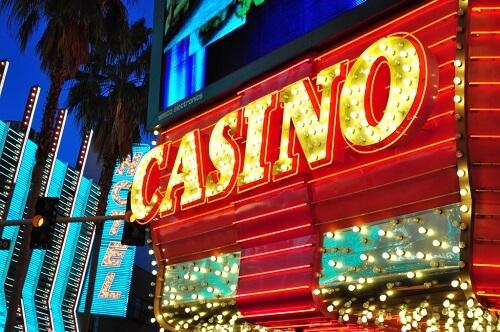 カジノの看板